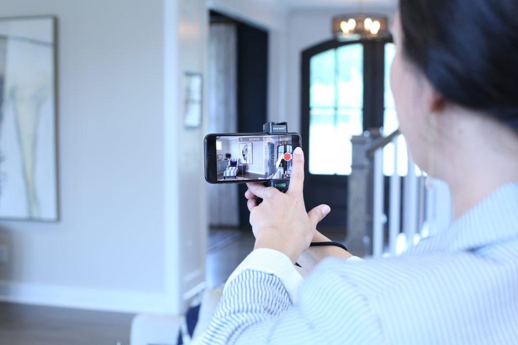 Women recording with HomeRover app